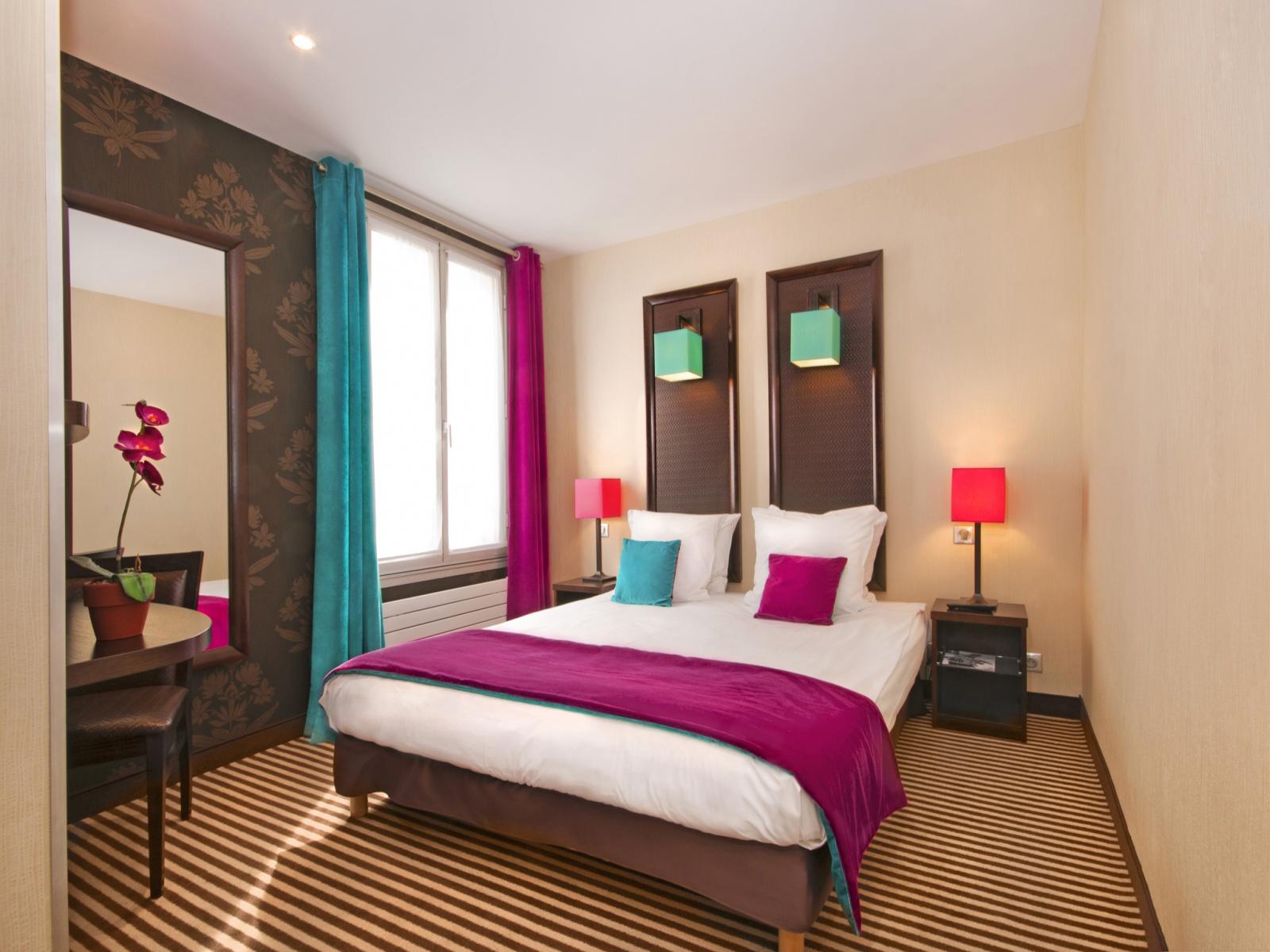 CHAMBRE DOUBLE OU TWIN CLASSIQUE 15 m² en moyenne | Hôtel Pax ...